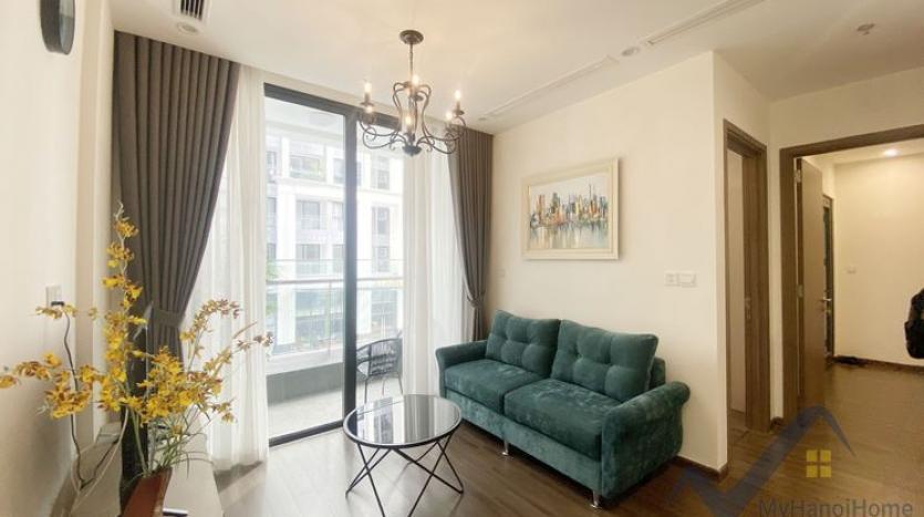rent-02bed-01bath-apartment-at-vinhomes-symphony-long-bien-1