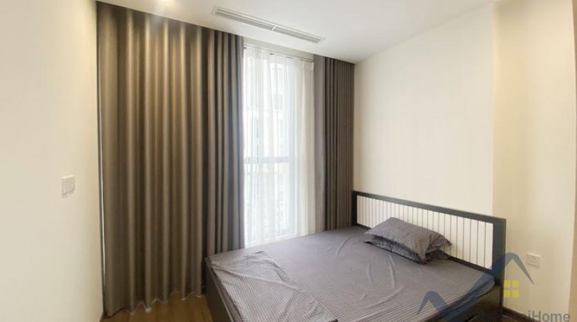 rent-02bed-01bath-apartment-at-vinhomes-symphony-long-bien-5
