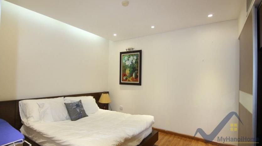 rent-2-bedroom-apartment-in-truc-bach-hanoi-with-balcony-22