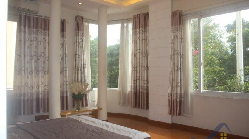 rent-2-beds-2-baths-apartment-in-truc-bach-hanoi-with-balcony-18