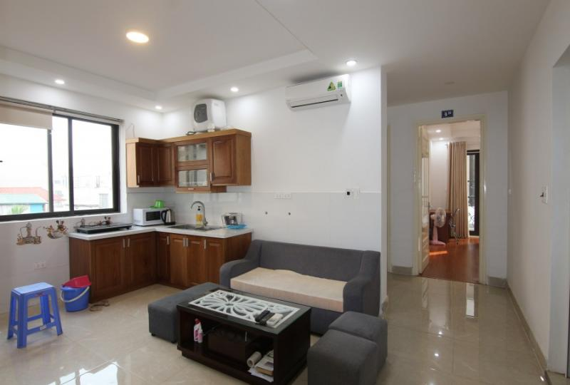Rent 3 bedroom apartment in Nghi Tam, Tay Ho with 3 bathrooms