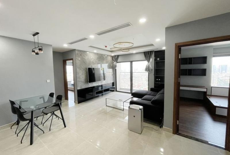 Rent 3 beds apartment in Golden Park Tower Cau Giay furnished