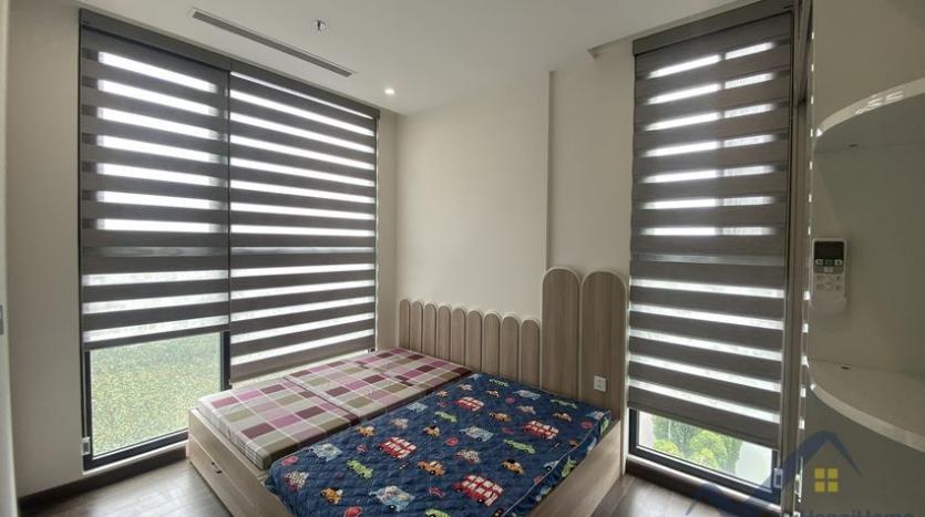 rent-3bed-apartment-in-vinhomes-riverside-symphony-furnished-10