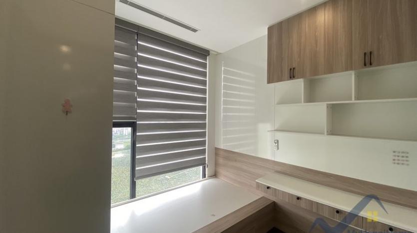 rent-3bed-apartment-in-vinhomes-riverside-symphony-furnished-14