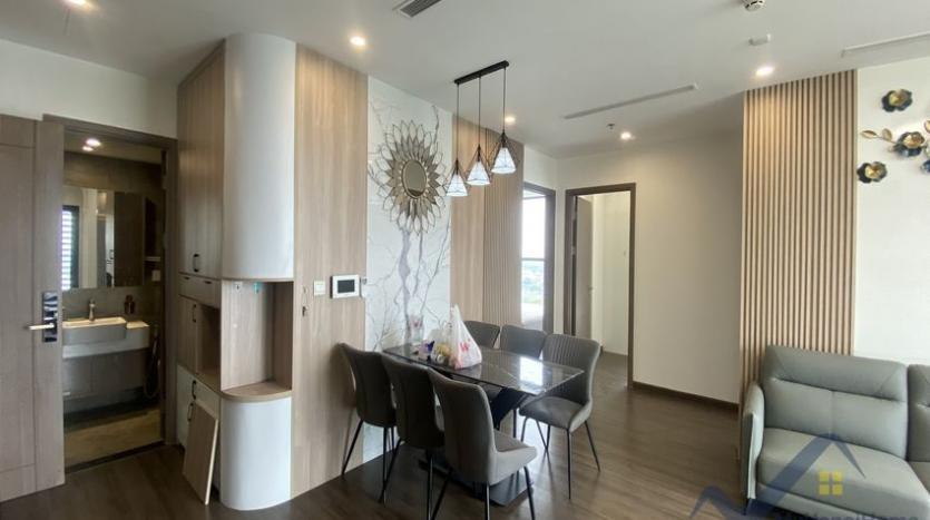 rent-3bed-apartment-in-vinhomes-riverside-symphony-furnished-3