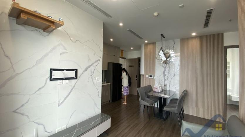 rent-3bed-apartment-in-vinhomes-riverside-symphony-furnished-4