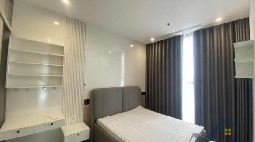 rent-3bed-apartment-in-vinhomes-riverside-symphony-furnished-6