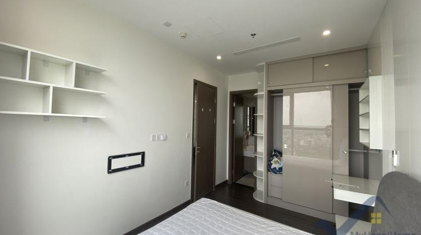 rent-3bed-apartment-in-vinhomes-riverside-symphony-furnished-7