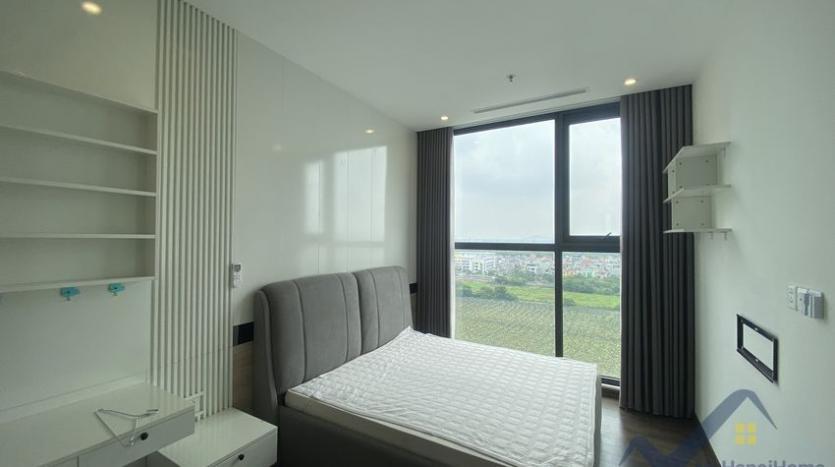 rent-3bed-apartment-in-vinhomes-riverside-symphony-furnished-8