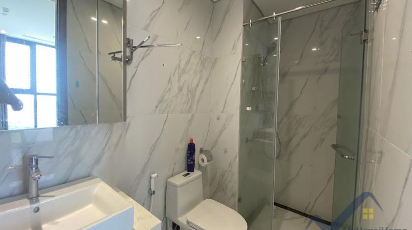 rent-3bed-apartment-in-vinhomes-riverside-symphony-furnished-9