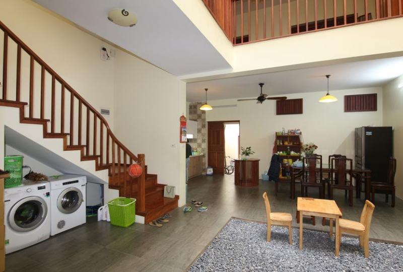 Rent a furnished house in Long Bien district with furnished