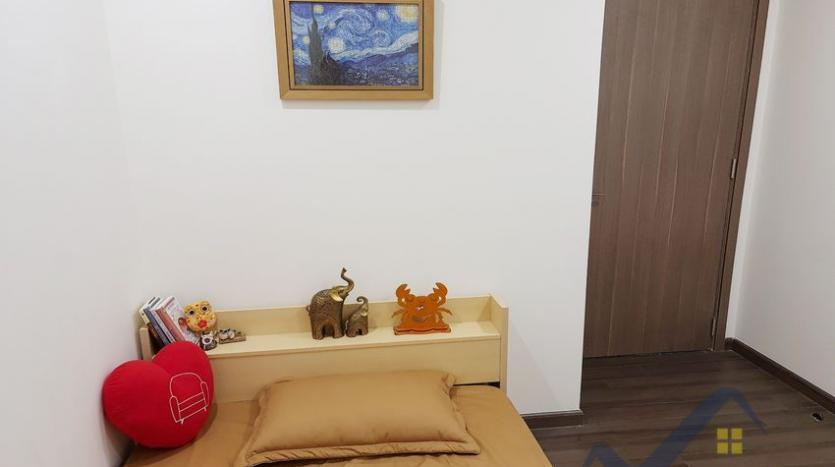 rent-apartment-in-vinhomes-symphony-long-bien-2br-1bath-11