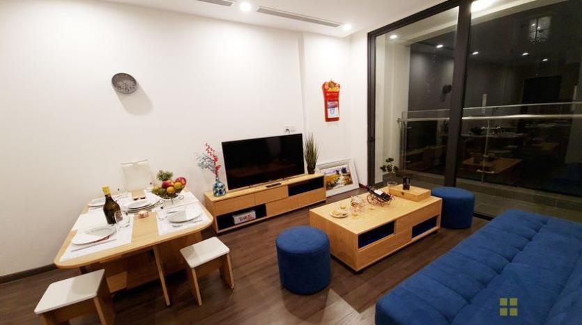 rent-apartment-in-vinhomes-symphony-long-bien-2br-1bath-2
