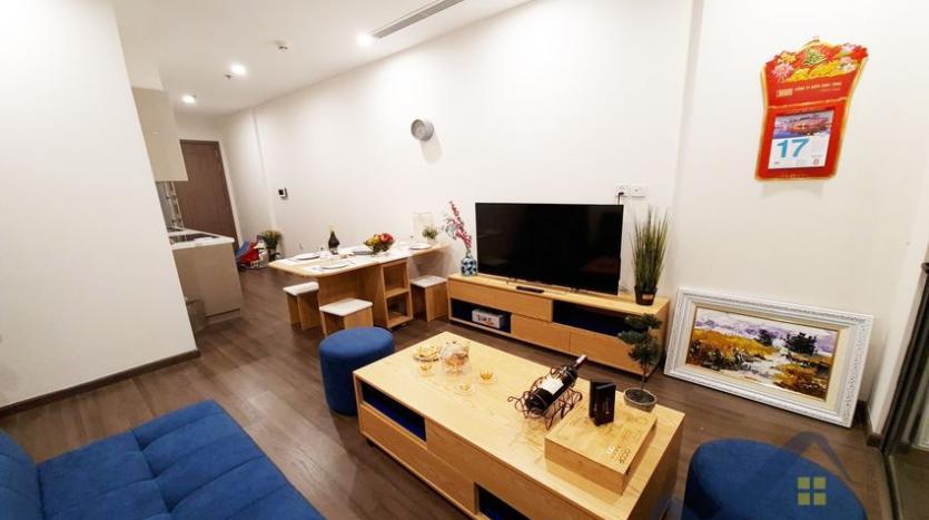 rent-apartment-in-vinhomes-symphony-long-bien-2br-1bath-3