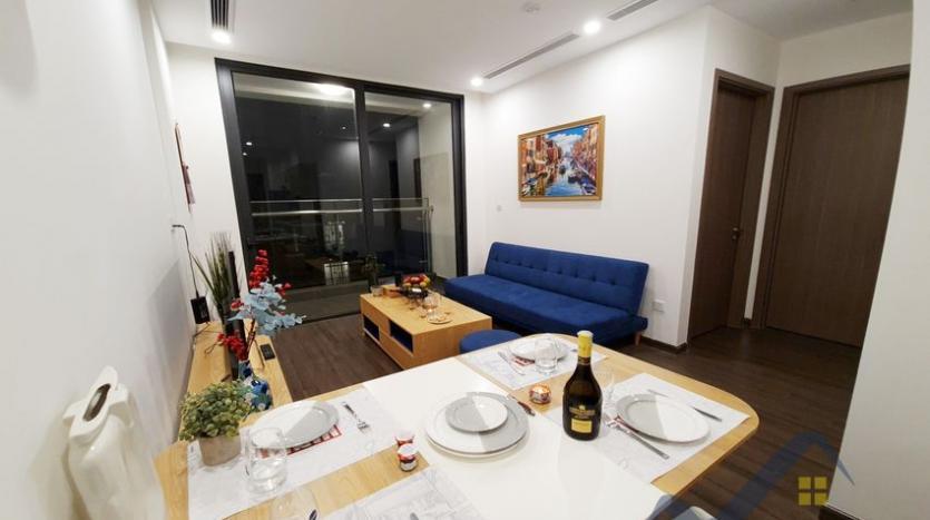 rent-apartment-in-vinhomes-symphony-long-bien-2br-1bath-5