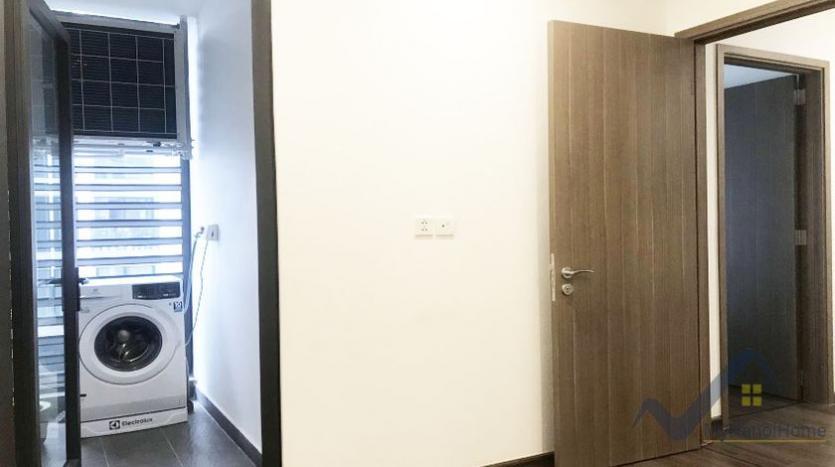 rent-apartment-symphony-hanoi-2bed-1bath-furnished-8