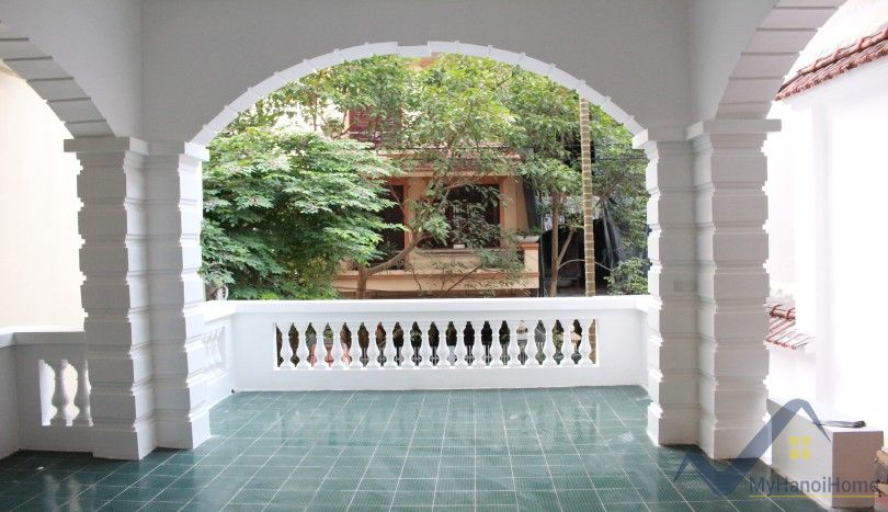 Rent house in Dang Thai Mai street 3 bedrooms 3 floors