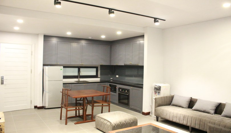 Rent modern 02 bedrooms apartment in Tay Ho, Nghi Tam village