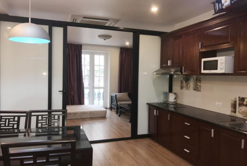 Rent one bedroom apartment in Truc Bach Hanoi with furnished