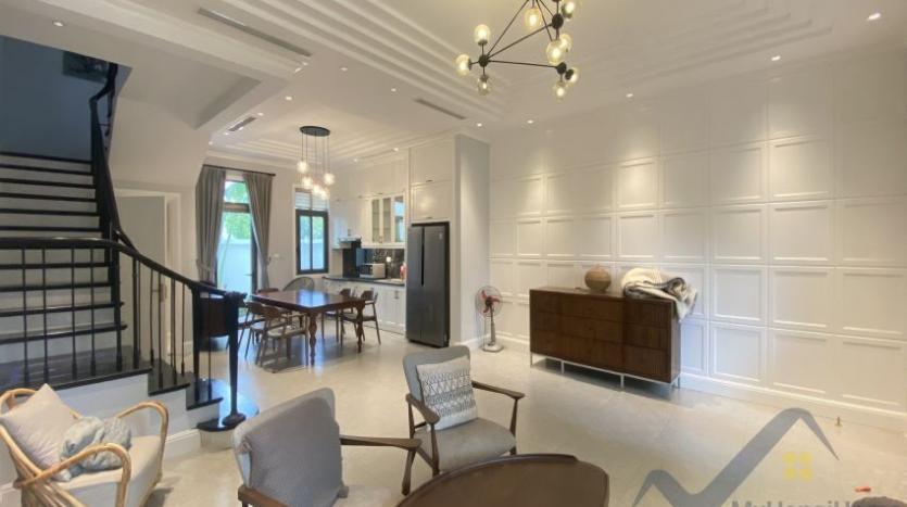 rent-villa-in-vinhome-harmony-furnished-close-vinschool-1