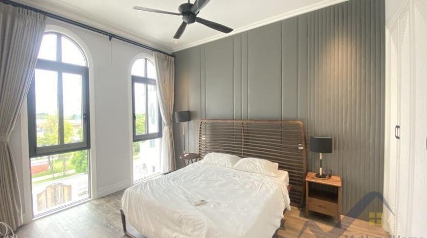 rent-villa-in-vinhome-harmony-furnished-close-vinschool-13