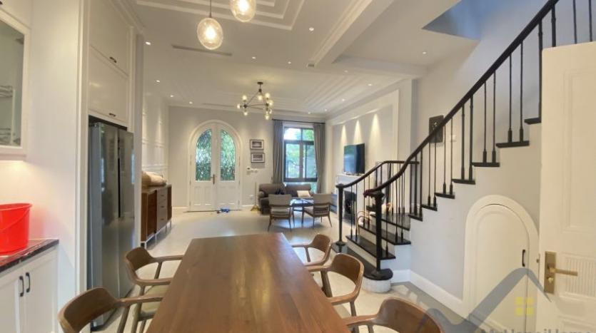 rent-villa-in-vinhome-harmony-furnished-close-vinschool-5