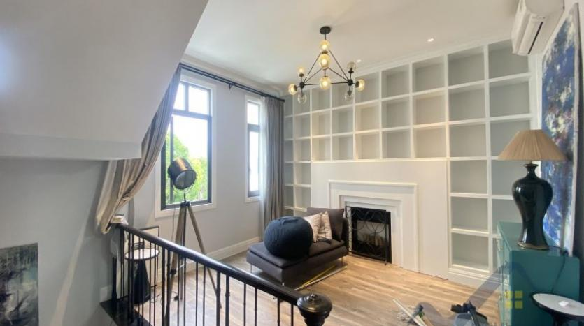 rent-villa-in-vinhome-harmony-furnished-close-vinschool-7
