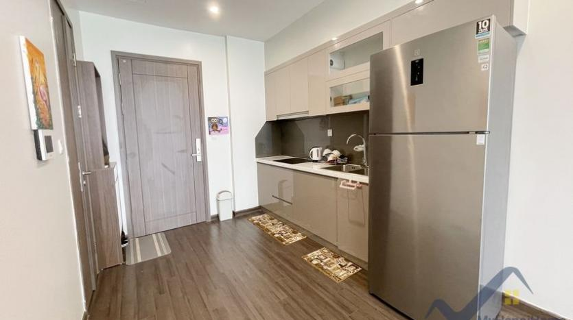 rent-vinhomes-symphony-apartment-with-2-bedrooms-2-bathrooms-5