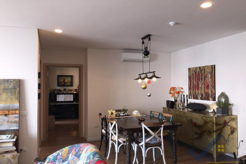 River view 3bed apartment in Mipec Long Bien for lease with furnished