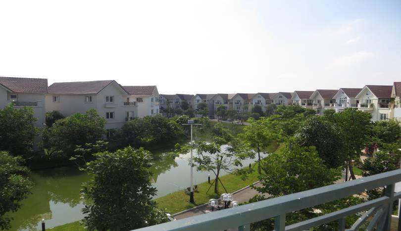River view furnished 5 bedroom villa to let in Vinhomes Riverside