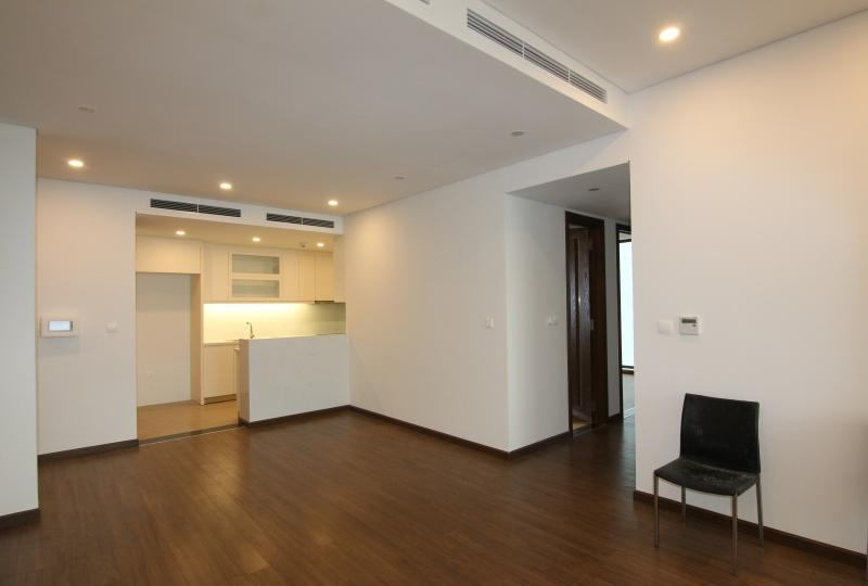 River view unfurnished 3 bedroom apartment Sun Ancora Luong Yen
