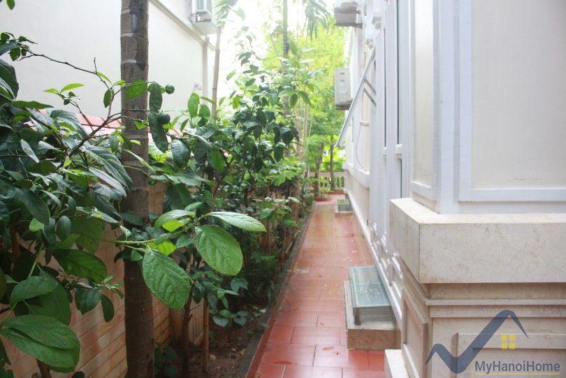 River view Vinhomes Riverside villa with 4 bedrooms in Long Bien