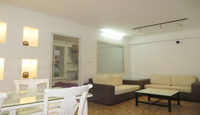 Second floor 1 bedroom apartment to lease in Tay Ho, 400$
