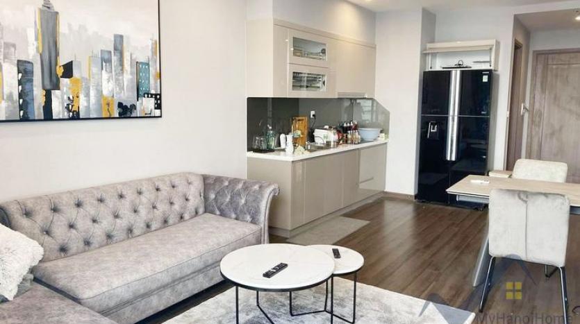 spacious-2-bedroom-2-bathroom-apartment-in-vinhomes-symphony-2