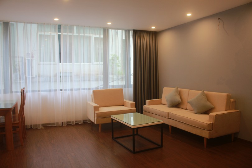 Spacious 2BR apartment in Nghi Tam Tay Ho for rent