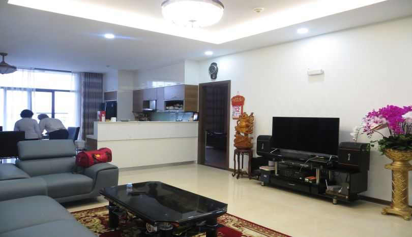 Spacious 4 bedroom apartment for rent in Trang An Complex furnished