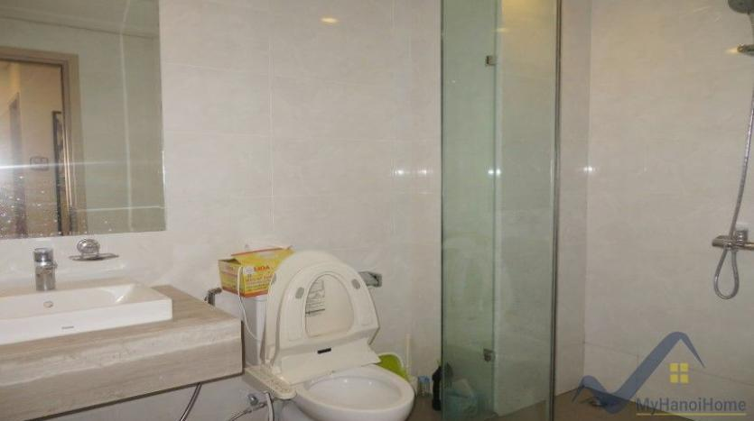 spacious-furnished-2-bedroom-apartment-in-mipec-long-bien-tower-25