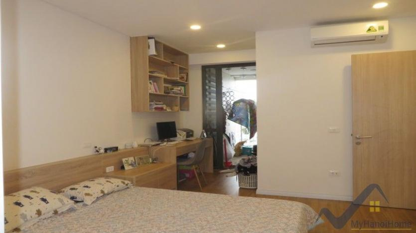 spacious-furnished-2-bedroom-apartment-in-mipec-long-bien-tower-27