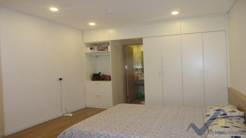 spacious-furnished-2-bedroom-apartment-in-mipec-long-bien-tower-28