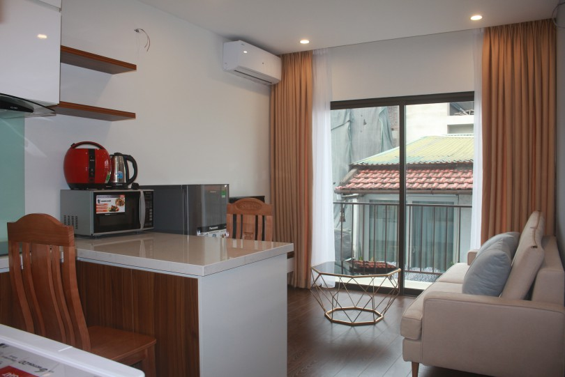 Spacious one bedroom apartment rental in Nghi Tam village Tay Ho