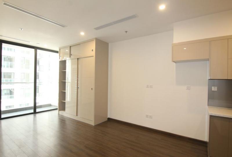 Spacious Studio apartment for rent in Vinhomes Symphony Long Bien