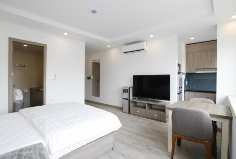 Studio apartment for rent in Cau Giay on Hoang Quoc Viet str
