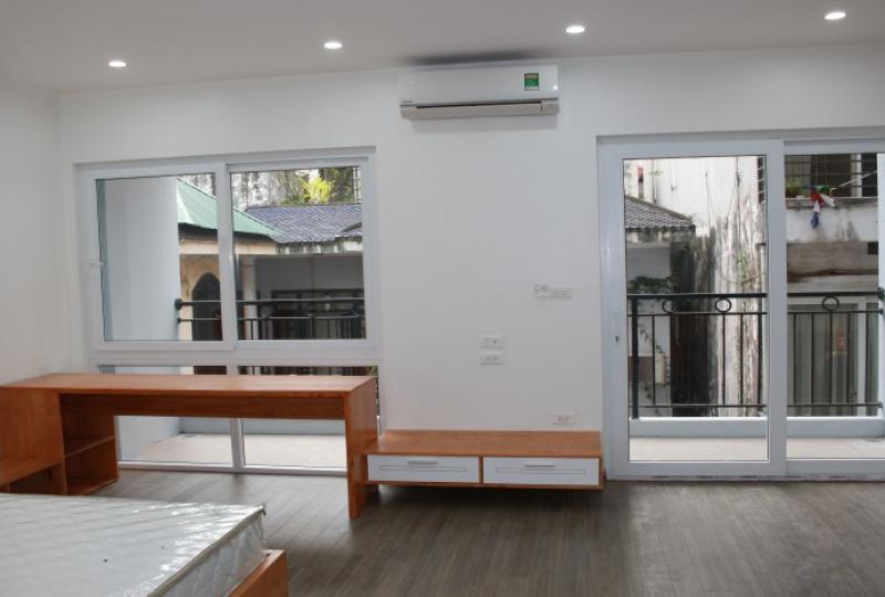 Studio apartment for rent in Nghi Tam village nearby Sheraton