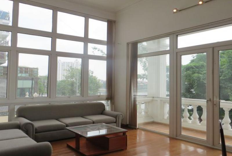 Studio apartment for rent in Tay Ho with 60m2 living space