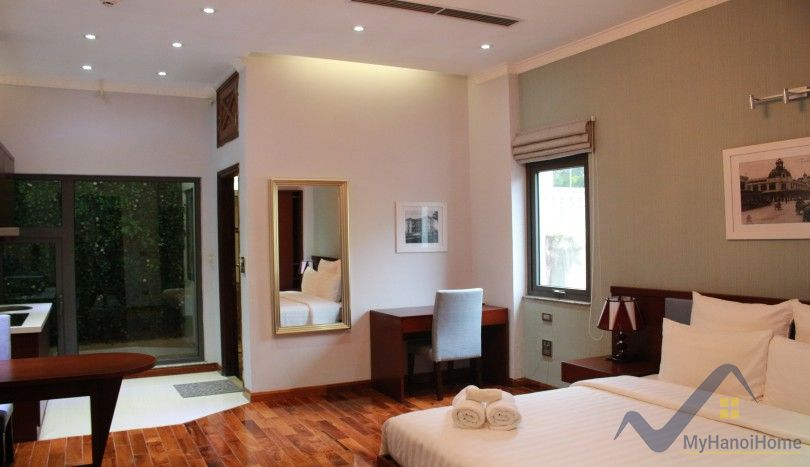 Studio apartment for rent in Truc Bach area good services
