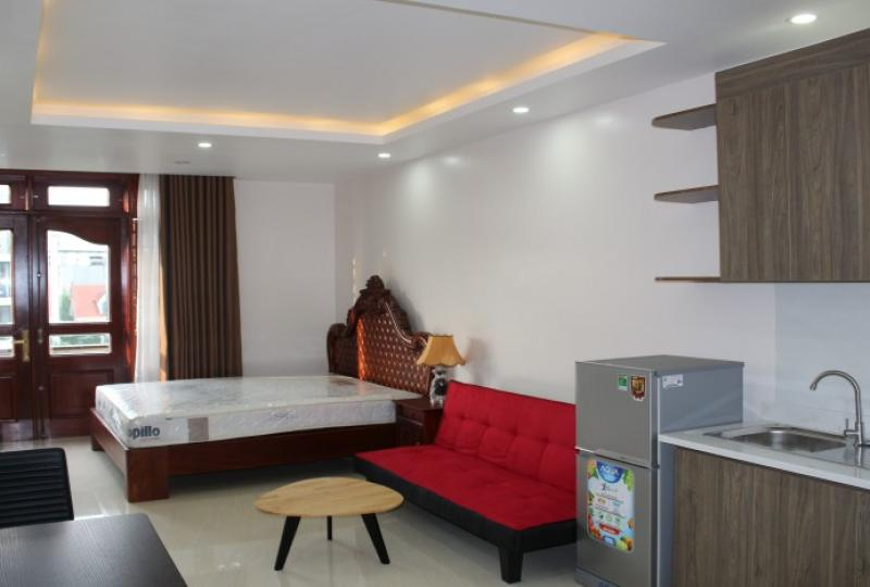 Studio apartment in Dang Thai Mai Tay Ho for rent furnished