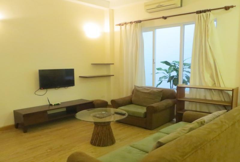 Studio apartment to rent in Tay Ho with 40sqm living space