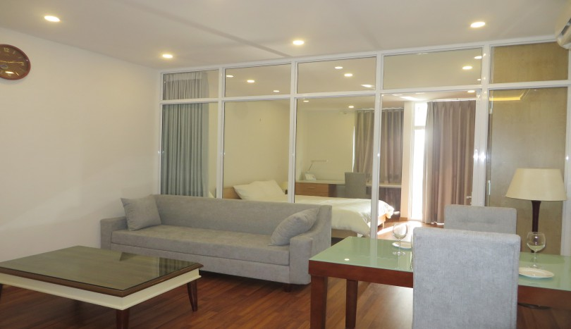 Studio to rent in Cau Giay, 55m2 living space