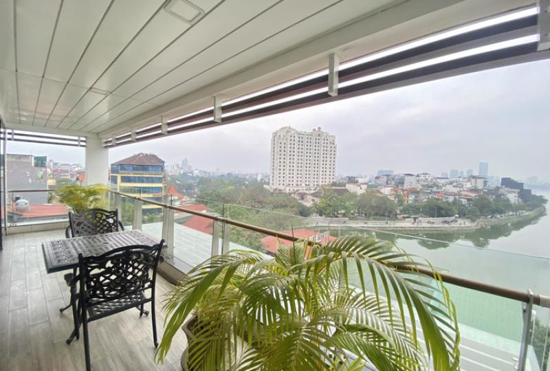 Sunny 3 bedroom serviced apartment in Tay Ho to rent, balcony