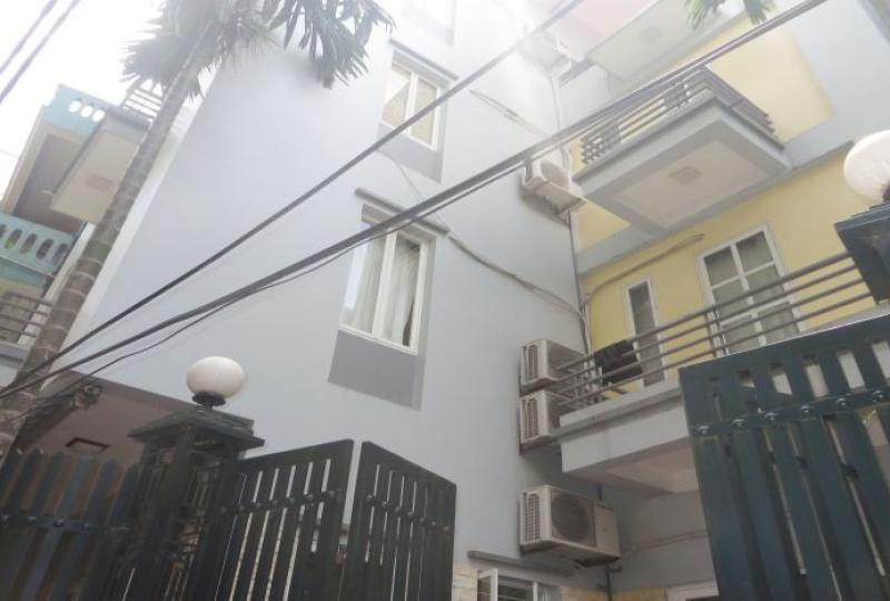 Tay Ho 4 bedroom house for rent with unfurnished, quiet location